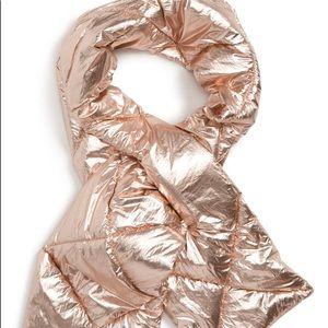 NWT Scarf Metallic Foil Puffer Scarf